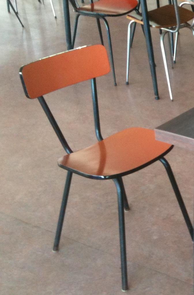 Chaise retro burocase - Mobilier vintage occasion ...