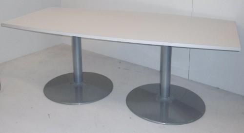 TABLE CONFÉRENCE TONNEAU 200X100
