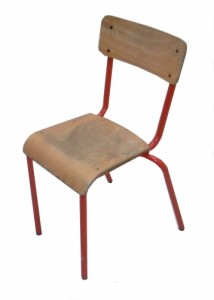 CHAISE SCOLAIRE ROUGE TAILLE 4