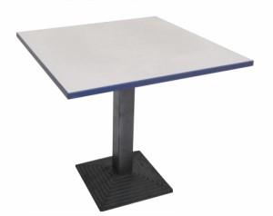 TABLE CARRÉ