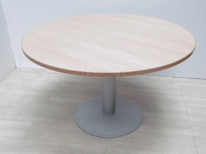 TABLE RONDE PIED GRIS