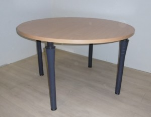 TABLE RONDE 4 PIEDS