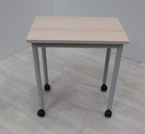 TABLE DESSERTE 60X40 A ROULETTES