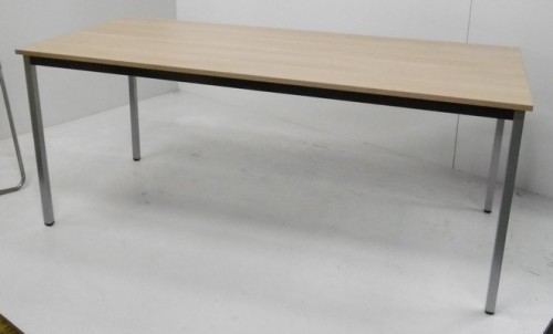 TABLE POLYVALENTE RECTANGULAIRE 180X80