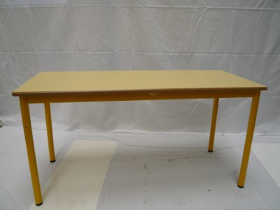 TABLE PETIT LOUP